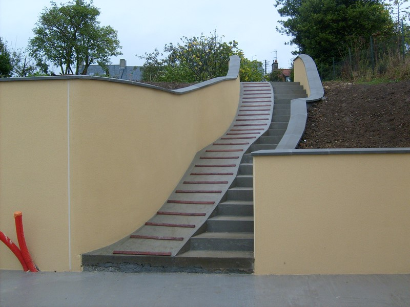 Lartisan du cotentin amenagement exterieur escalier 1 l for Construction escalier exterieur beton