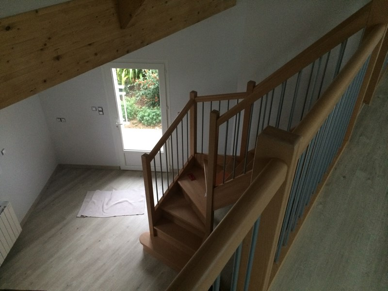 Amenagement interieur escalier pour une extension for Amenagement escalier interieur