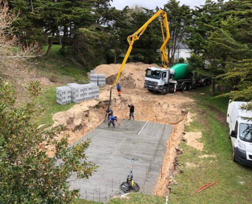 construction d'une piscine par entreprise de maçonnerie artisan du cotentin